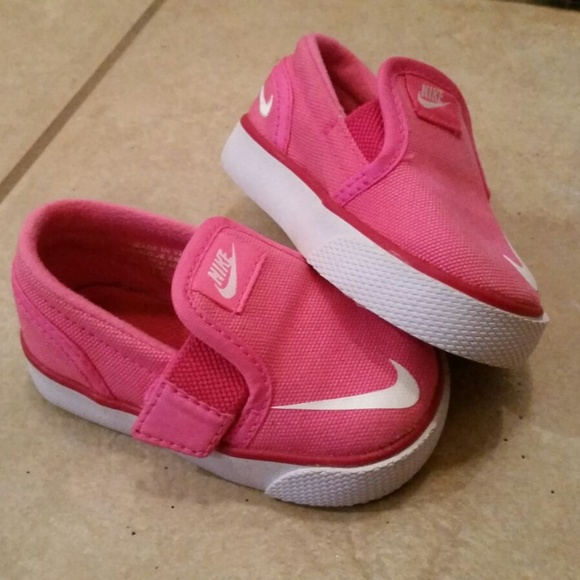 Baby girl Nike tennis shoes 1c34f6992